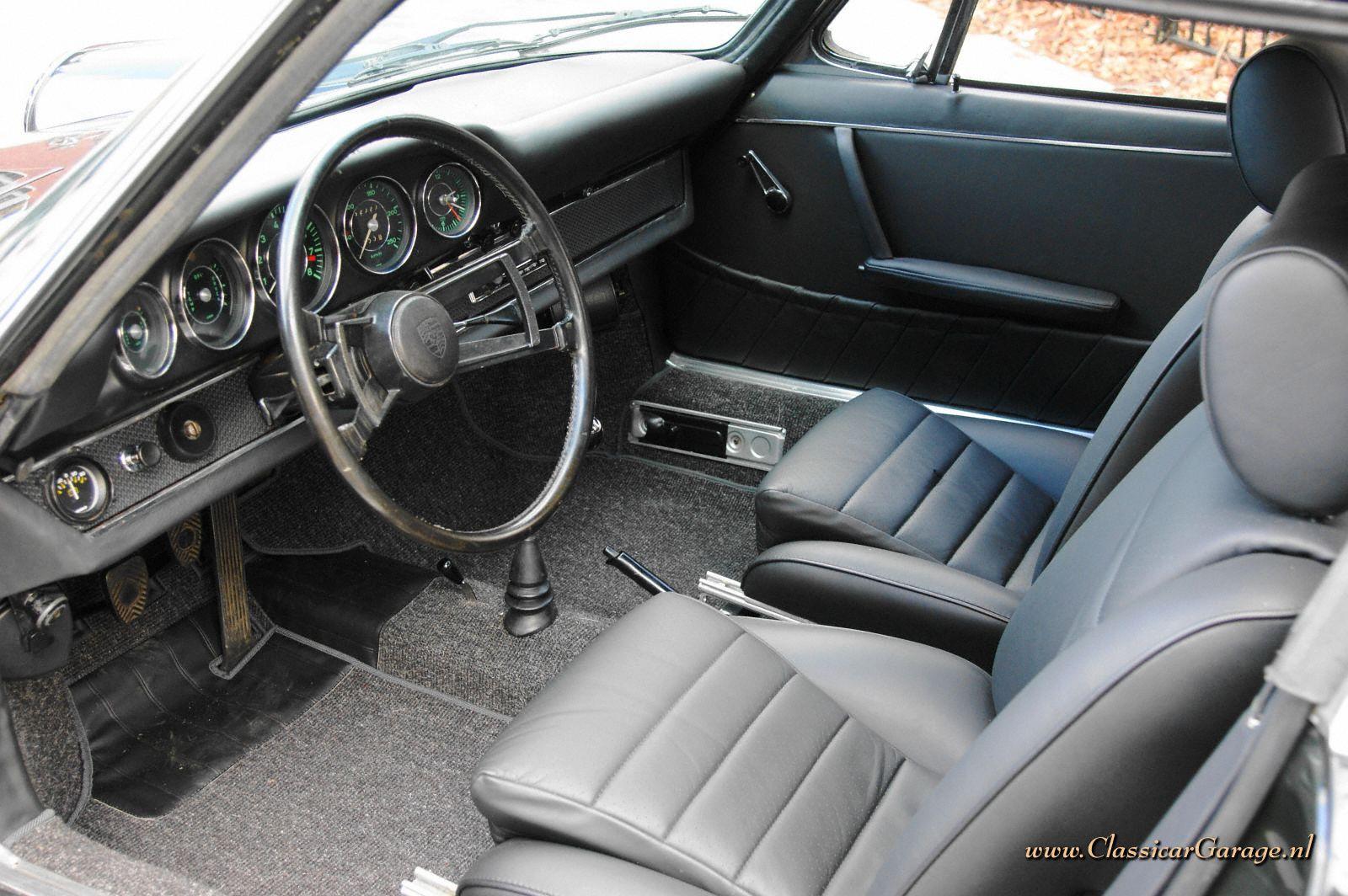 Porsche 911s Soft Window Targa 1967 Details