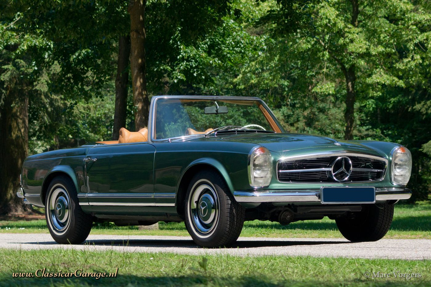 Mercedes benz 250 sl 39 pagoda 39 1968 details for Mercedes benz pagoda